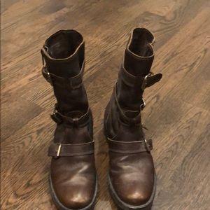 JCrew size 5 Miller short motorcycle boots